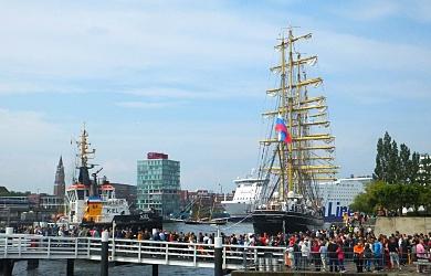 Kiel ist nicht nur zur Kieler Woche ein Hotspot für Schiffsanläufe