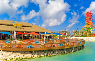 Skipper's Grill restaurant at CocoCay