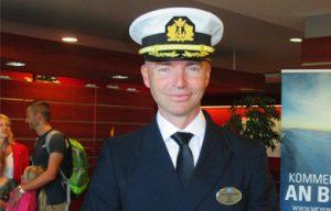 Niklas Persson. Kapitän der Norwegian Encore
