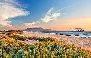 Selection-Schiff AIDAmira kreuzt vor Südafrika Foto: AIDA