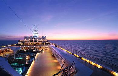 An Bord der Mein Schiff 1 - Repositionierungskreuzfahrten 2020