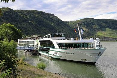 Die MS Inspire in Boppard © VIVA Cruises/Oceanliner Pictures