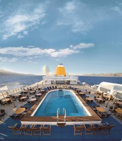 Entspannter Urlaub an Bord der MS Hamburg, des kleinsten Kreuzfahrtschiff Deutschlands